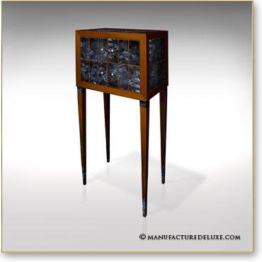 Manufacture de luxe meubles et objets d 39 exception for Meuble cabinet de curiosite