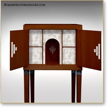 manufacture de luxe meubles et objets d 39 exception cabinets de curiosites. Black Bedroom Furniture Sets. Home Design Ideas